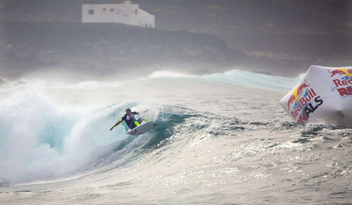 Surf, Red Bull