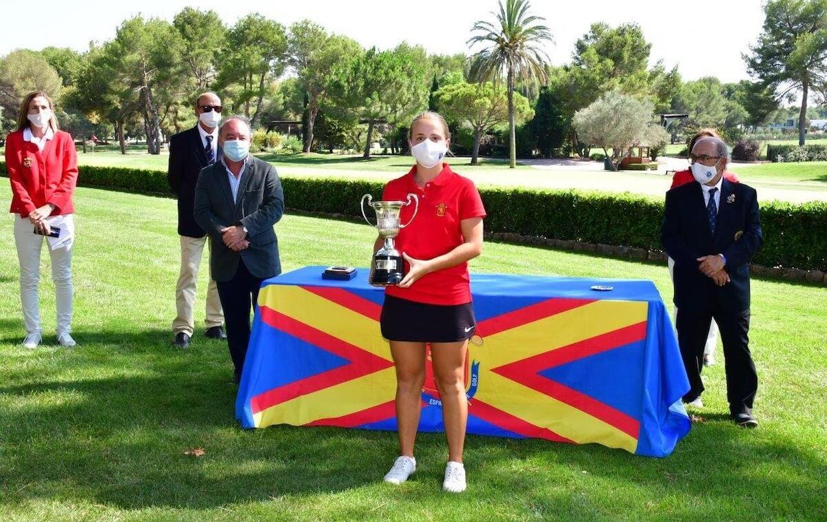 Carla Bernat golf